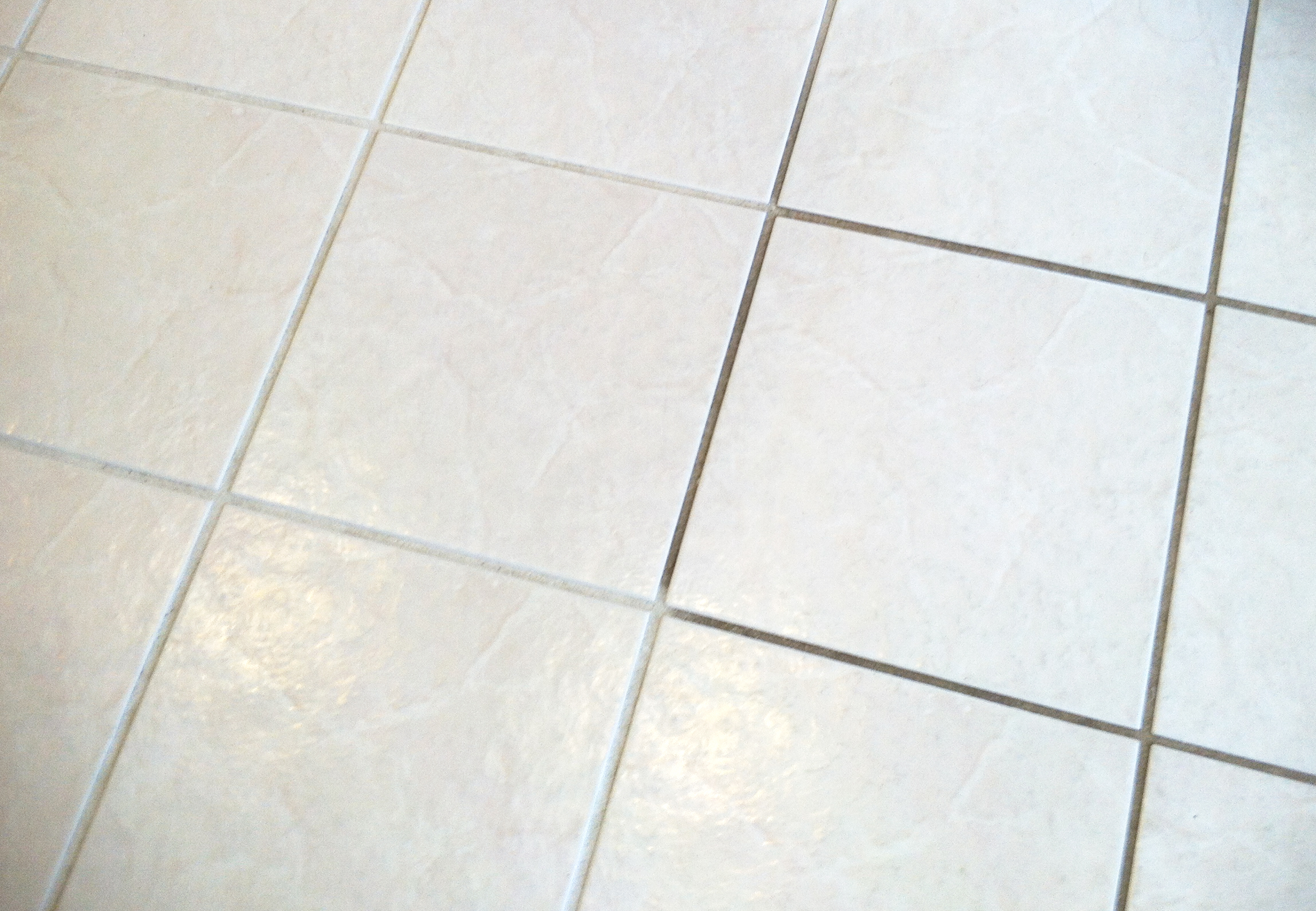 Deep cleaning for tiled flooring